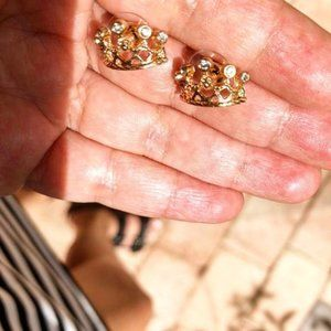 CROWN PAVE STATEMENT GOLD STUDS